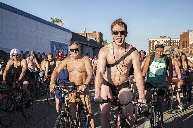 The World Naked Bike Ride. - SARA BANNOURA