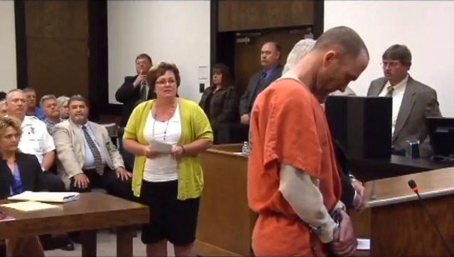 Cheryl Brenneke, sister of Jacque Sue Waller, gives her statement at the sentencing hearing of  James Clay Waller - IMAGE VIA SCREENGRAB