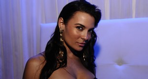 Krista Ayne at Lure Nightclub, 11/21/09