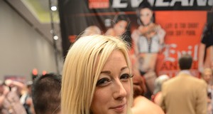 2014 Adult Entertainment Expo Gets Naughty in Vegas (NSFW)