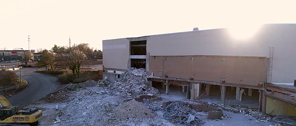 Drone Footage of the Destroyed Crestwood Mall Is Absolutely Mesmerizing