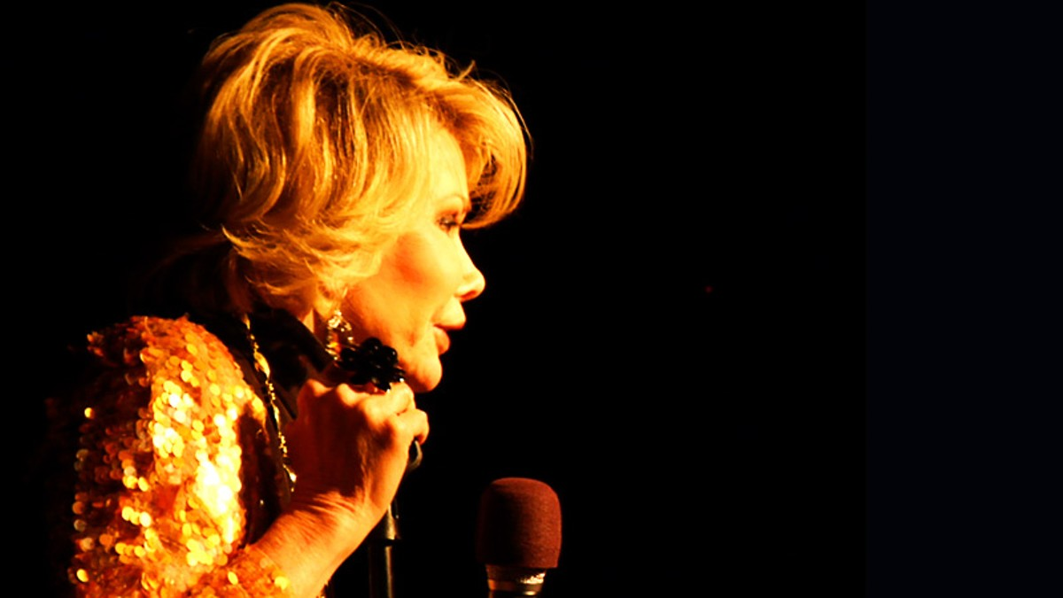 Joan Rivers in JOAN RIVERS – A PIECE OF WORK directed by Ricki Stern and Annie Sundberg