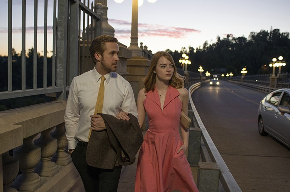 Ryan Gosling and Emma Stone are attractive but only modestly entertaining in La La Land.