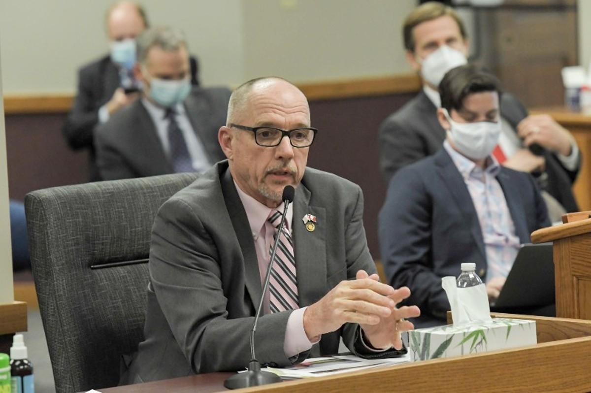 Rep. Chuck Basye presents legislation in March.