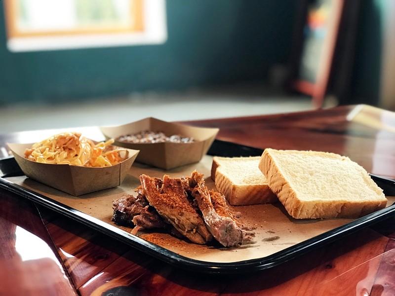 SMOKED PULLED PORK PLATE | SARA GRAHAM