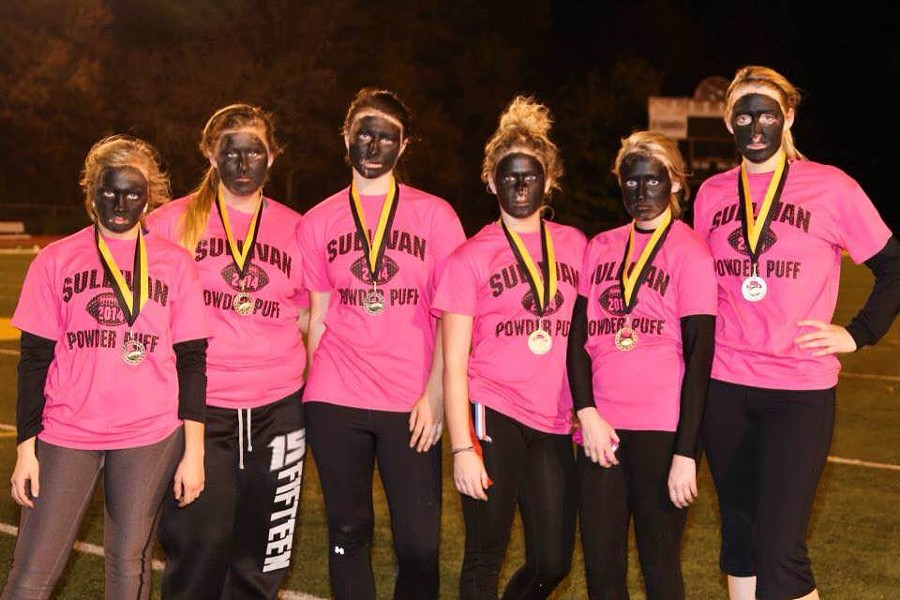 The Sullivan High School senior girls sported blackface at their annual powder-puff football game.