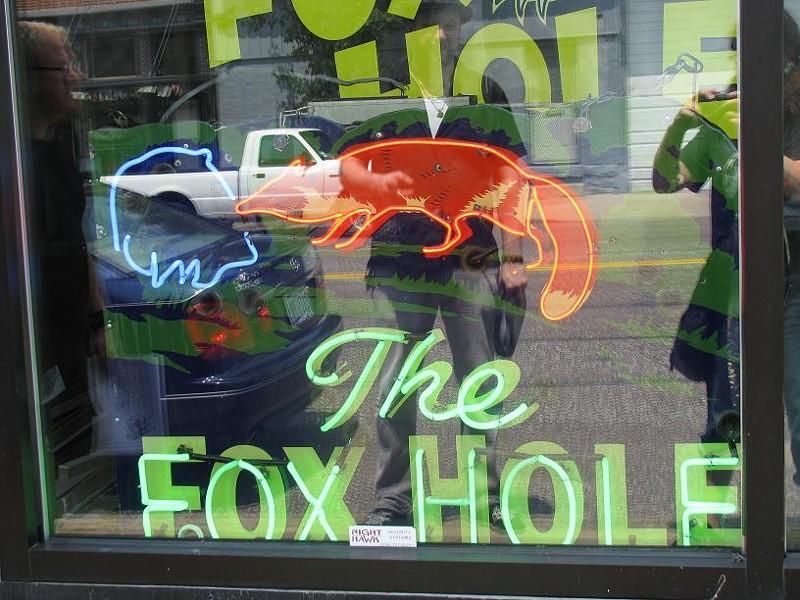 foxholesign.JPG