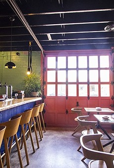 Nixta's bar area would be a great place to spend your Sunday, si?
