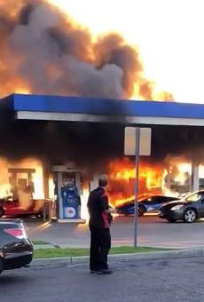 Incredible Dumbass Turns Lamborghini into Fireball at St. Louis Gas Station