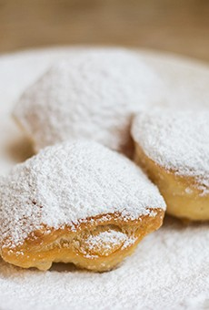 An order of Cafe Ventana's beignets. | Photos by Mabel Suen