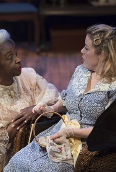 St. Louis stage veteran Linda Kennedy (with Sydney Frasure, right, as Laura) makes a superb Amanda Wingfield.