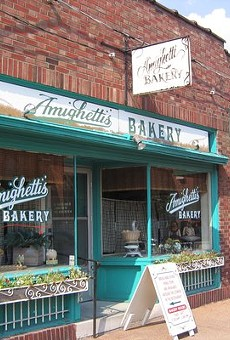 Amighetti's on the Hill is closing, but company says it's temporary.