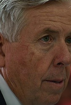 Teachers in Missouri Might Die Because Governor Mike Parson Is a Wimp