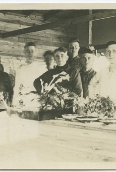 A Thanksgiving scene, dated 1917-1919, an era that battered by war and pandemic.