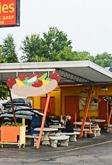 St. Louis Standards: Woofie's Is an Iconic House of Hot Dogs