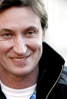 Wayne Gretzky Has Moved to St. Louis (Again) and We are Pumped
