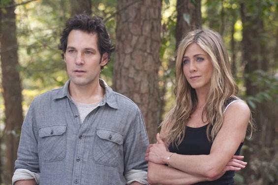 Paul Rudd and Jennifer Aniston in Wanderlust.