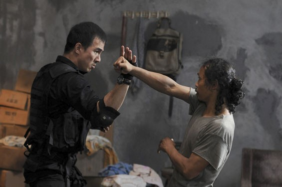 Joe Taslim and  Yayan Ruhian throw down in The Raid.