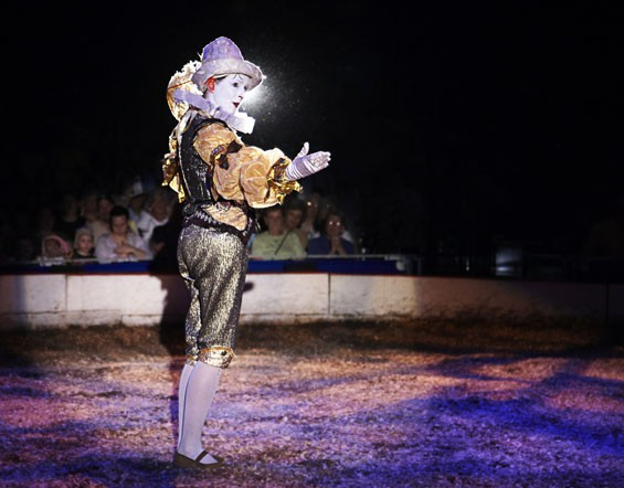 Circus Flora returns to enchant and charm audiences.