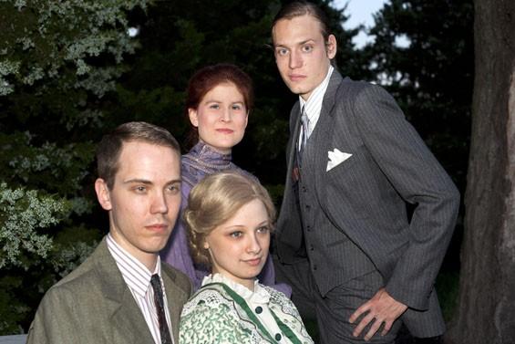 Seated: Paul Edwards, Zoe Sullivan Standing: Rachel Visocan, Paul Cooper in The Damask Cheek.