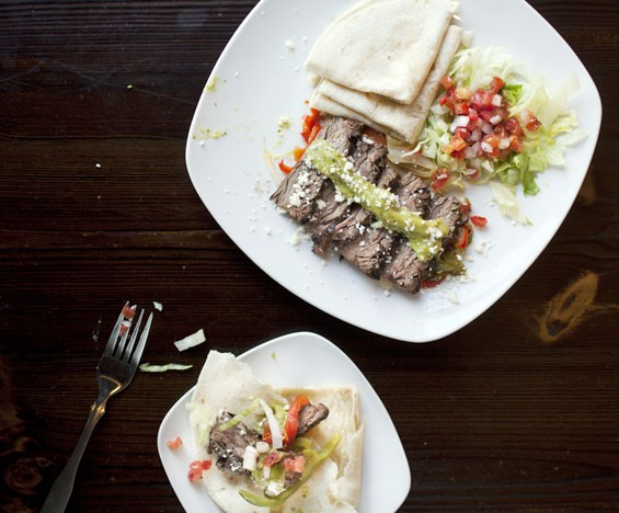 "La Cantina's ""Fajita de Bistec"" brings charbroiled steak, spicy avocado sauce and pico de gallo."