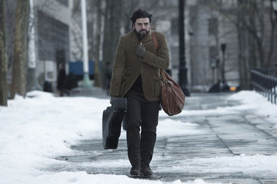 Still of Oscar Isaac in Inside Llewyn Davis.