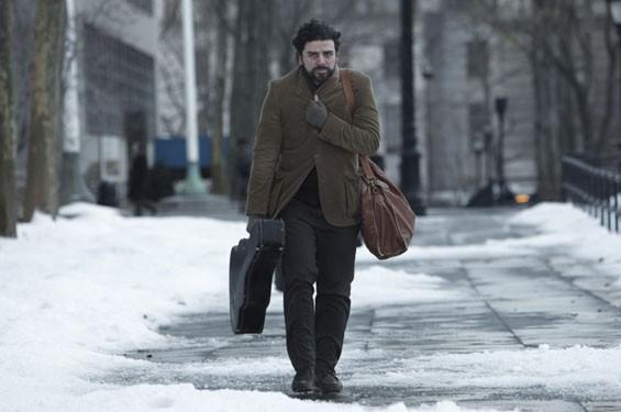Still of Oscar Isaac in Inside Llewyn Davis.