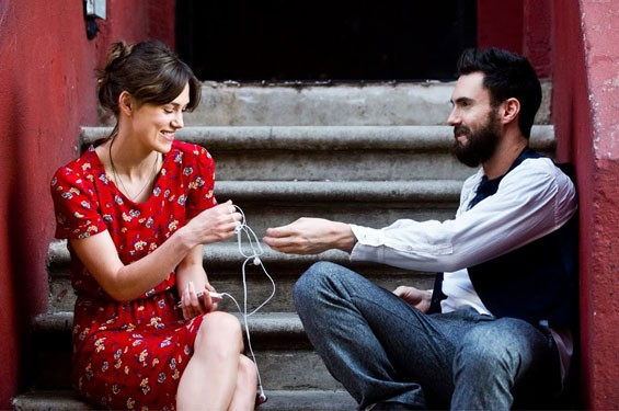 Keira Knightley and Adam Levine in Begin Again.