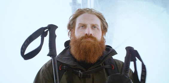 Kristofer Hivju as Mats in Force Majeure.