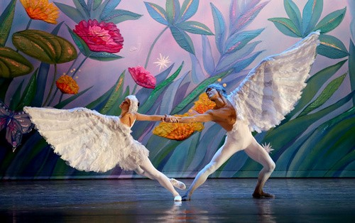 The Moscow Ballet's Dove of Peace - MOSCOW BALLET