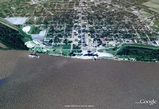 In 2009, Caruthersville sat safely on the banks of the Mississippi River. - COURTESY OF GOOGLE AND GEOEYE