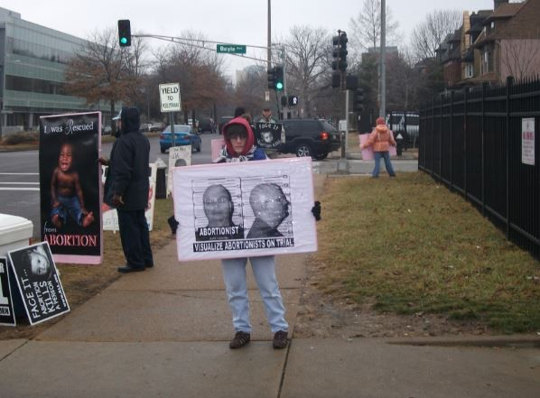 """Protesters from the """"40 Days for Life"""" campaign regularly demonstrate outside Planned Parenthood's Central West End clinic. - PLANNED PARENTHOOD"""