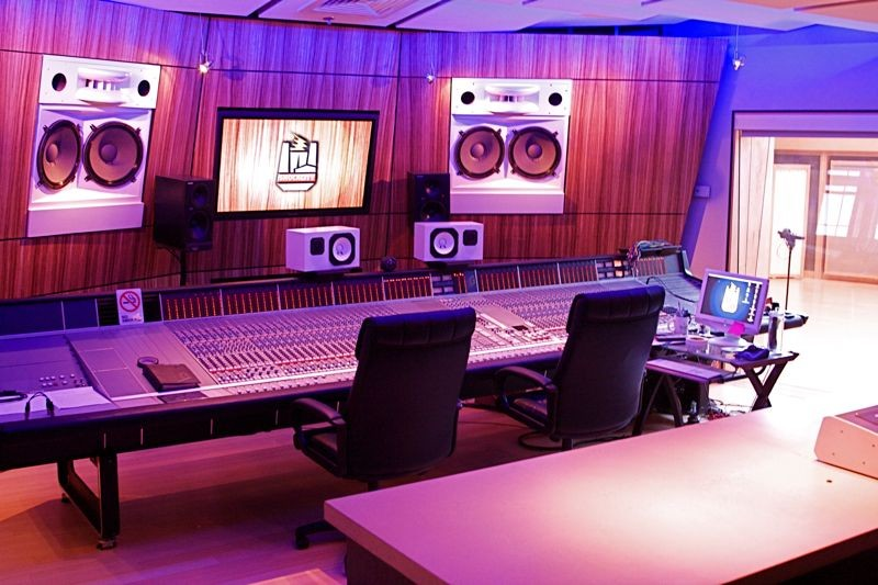 The main control room of Shock City Studios (click image for larger view) - PHOTO BY: BILL STREETER