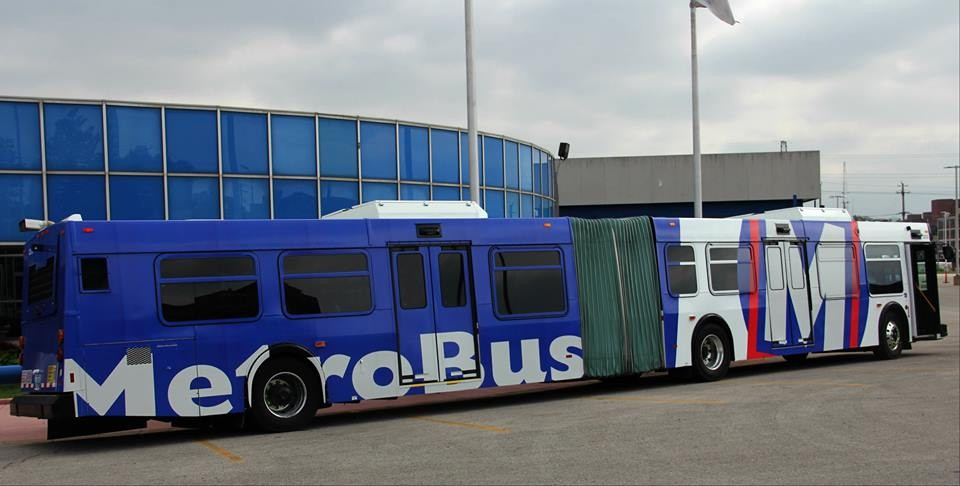 Meet St. Louis' newest public transit vehicle, the articulated, 60-foot bus. - METRO