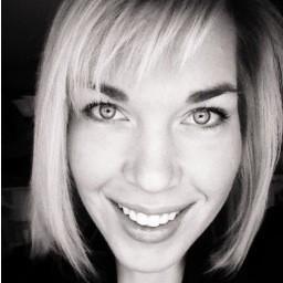 Emily K. Graham is missing a ring. - VIA TWITTER
