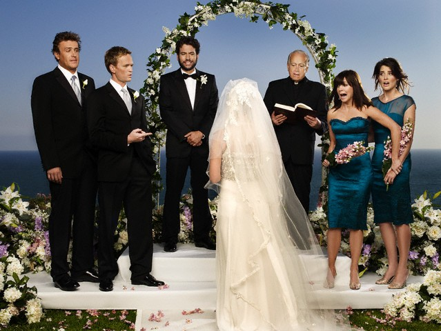 Jason Segel at a wedding in How I Met Your Mother - CBS, VIA
