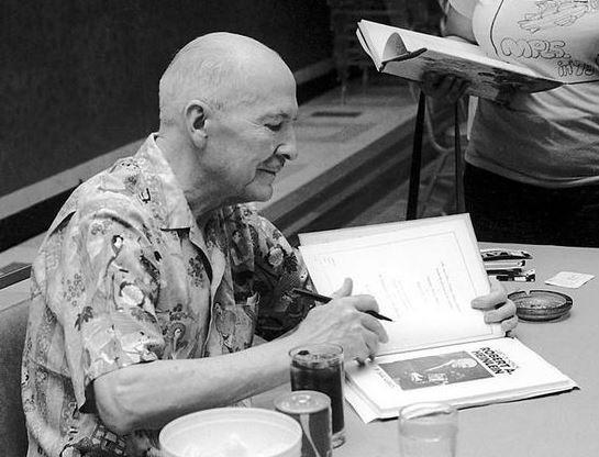 Robert Heinlein - WIKIMEDIA COMMONS