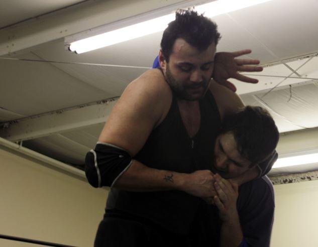 wrestle03.JPG