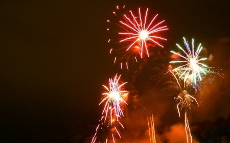 fireworks_generic2.jpg