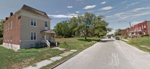 5900 block of Wabada Avenue, where a teen was found shot Sunday. - GOOGLE MAPS