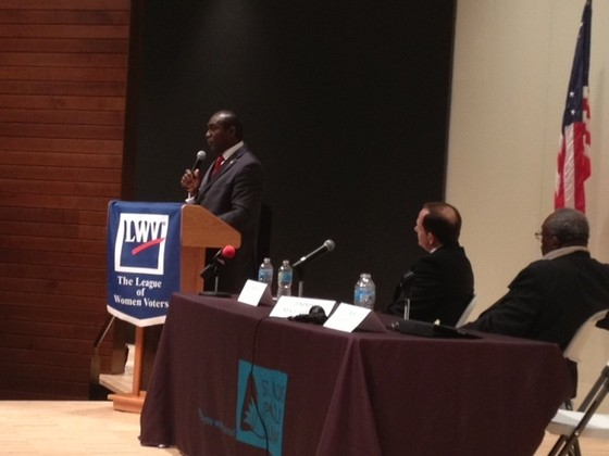 Lewis Reed delivers closing remarks. - SAM LEVIN
