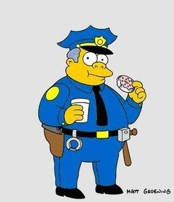 Now here's a cop who appreciates a good donut.