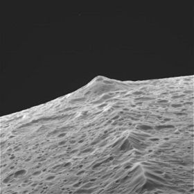 A closer view of the ridge, taken by the Cassini satellite camera, which visited Iapetus in 2007. The satellite also took video. - IMAGE VIA