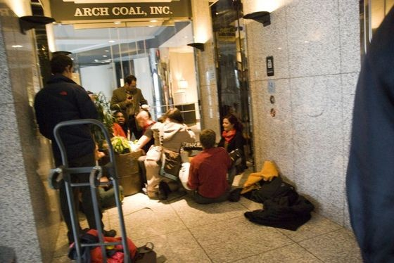 Arch_Coal_protest_6_thumb_560x374.jpeg