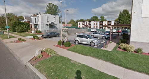 The 800 block of Rivertrail Court, where police found a woman stabbed to death in the torso and buttocks. - GOOGLE MAPS