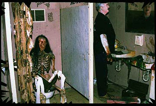 hauntedschoolhouse.jpg