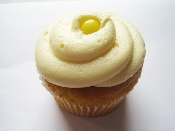 The Lemon Drop cupcake from the Cup - IAN FROEB
