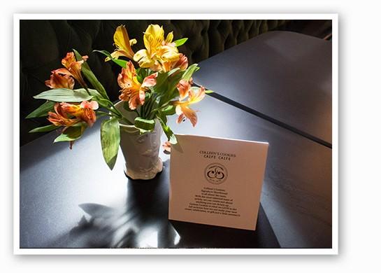 Fresh flowers adorn tables. | Mabel Suen