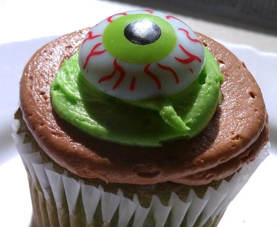 Monster_cupcake.jpg