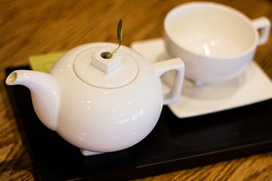 Tea Forté service.